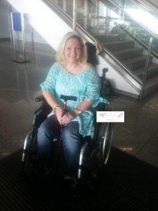 rollstuhl MA 225x300 - * Reisen mit dem Rollstuhl-Service - kein schönes Abenteuer