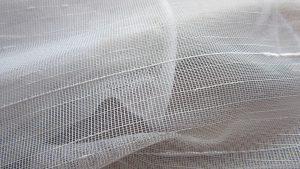 """curtain 709704 1280 300x169 - Was ist eine """"Gardinenpredigt""""?  Redewendungen und woher sie kommen!"""